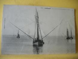 L10 9363 CPA 1905 - 85 ILE DE GROIX. BATEAUX GRESILLONS PECHANT LE THON - Pêche