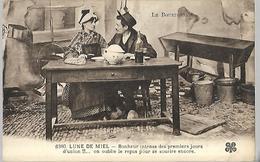 Le Bourbonnais : Lune De Miel , Bonheur Intense Des Premiers Jours  CPA 1928 - Personnages