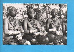 AEF 09 - Jeunes Filles Tchicombi - Afrique Nu Sein - Gabon