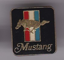 Pin's FORD MUSTANG - Ford