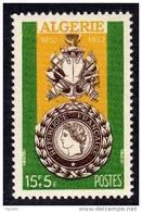 ALGERIE N° 296 XX  Centenaire De La Médaille Militaire, Sans Charnière TB. - Algeria (1924-1962)