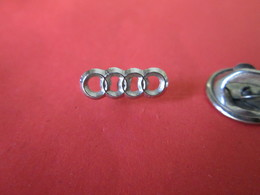 PIN'S    Logo  AUDI - Badges