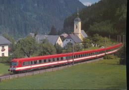 Elektro -  Schnetriebwagenzug  4010 015 - Trains
