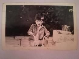 MACEDONIA -  Little Child Rides A Wheel - Personas Anónimos