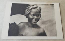 Oubangui - Sourire D'indigene - Centrafricaine (République)