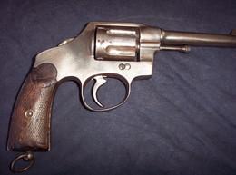Révolver Modèle 1892 Espagnol 14 - 18 à Voir. - Armes Neutralisées