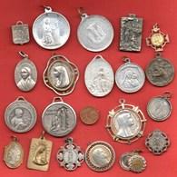 L1// Lot De 20 Médailles  / MEDAILLE RELIGIEUSE - Religion & Esotérisme