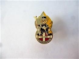 PINS MILITARIA / GENDARMERIE 1992 SKI / Doré, Gris Et Jaune  / 33NAT - Army