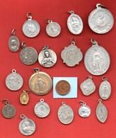 L3// Lot De 20 Médailles  / MEDAILLE RELIGIEUSE - Religion & Esotérisme