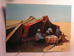 Repos à L'ombre De La Tente - Algeria