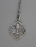 Médaille Religieuse Calice Gravée 8 Mai 1886 En Argent 3,8g - Religion & Esotérisme