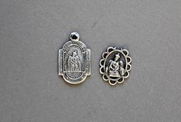 2 Médailles N.D De Buclose En Argent 1,1g - Religion & Esotérisme
