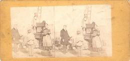 Photographie Stéréo Empire, Scène De Rue, L'orgue De Barbarie, Chanteur Et Tambourin, Photo Ca 1870, Barrel Organ - Stereoscopic