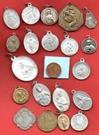 L5// Lot De 20 Médailles  / MEDAILLE RELIGIEUSE - Religion & Esotérisme