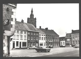 Roesbrugge - Markt - Classic Car Lada, Ford, Opel, Volvo - Nieuwstaat - Poperinge
