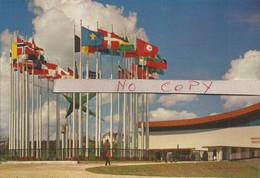 Les étendards Des Nations. Porte Mondiale / 1.329 - 52 (réf. 39E) - Universal Exhibitions