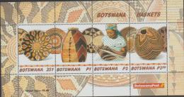 BOTSWANA - 2001 Basketry Souvenir Sheet. Scott 721a.  MNH - Botswana (1966-...)