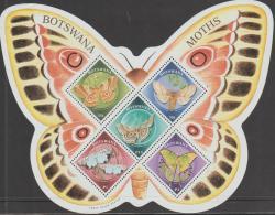 BOTSWANA - 2000 Moths/Butterflies Souvenir Sheet. Scott 692a. MNH - Botswana (1966-...)