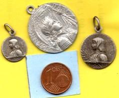 Lot De 3 Médailles Jeanne D'ARC  / MEDAILLE RELIGIEUSE - Religion & Esotérisme