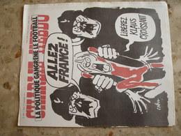 CHARLIE HEBDO - N°366 Du 17/11/1977 - Couverture De Cabu - La Politique Gangrène Le Football - Journaux - Quotidiens