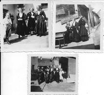 PEISEY-NANCROIX (Savoie) - FEMMES En FÊTE Dans Les RUES (2) - Lot De 3 Photographies - Pâques 1939 - FOLKLORE - A Voir ! - Luoghi