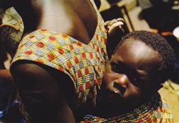 AFRIQUE  EN COULEURS / MERE ET ENFANT - Cartes Postales