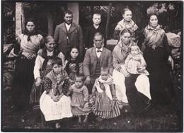 POSTCARD PORTUGAL - COSTUMES - GRUPOS DA GANDARELA - FAMILIA RURAL - Portugal