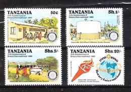 Tanzania  -1980. Emblema, Globo Terrfestre, Servizio Aereo Medico. Emblem, Terrestrial Globe. Flying Doctor Service. MNH - Rotary, Lions Club