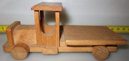 CAMION IN LEGNO - Miniatures Décoratives