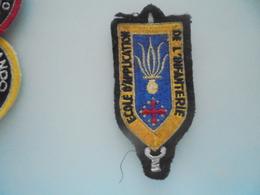 Insigne Ecole D Application Infanterie - Ecussons Tissu