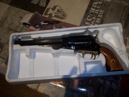 Revolver Poudre Noire - Sammlerwaffen