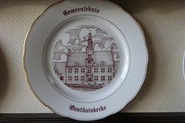 * Oostduinkerke (Kust - Littoral) 1 Uniek Bord Magvam Porselein Van Oostduinkerke - Céramiques