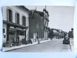 CP (72) Sarthe - CHATEAU DU LOIR - 14 Rue Aristide Briand - Café Tabac - Le Celtique- Commerce - Chateau Du Loir