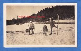 Photo Ancienne Snapshot - PEIRA CAVA Hautes Alpes - Portrait De Skieur - 1925 - Plateau Du Calvaire - Homme Femme Chien - Sports