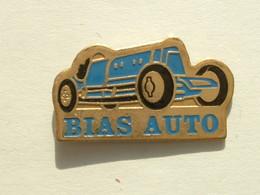 Pin's BUGATTI - BIAS AUTO - Pin