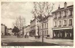 FEURS (Loire) Place Du Forum Persinnages Commerces RV Beaux Timbres 30c X2 - Feurs