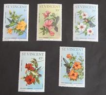SAINT VINCENT ANNEE 1976 NEUFS SERIE COMPLETE - St.Vincent (1979-...)