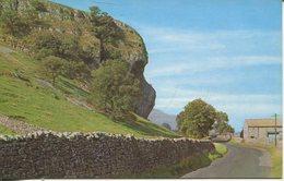 004945  Kilnsey Crag - England