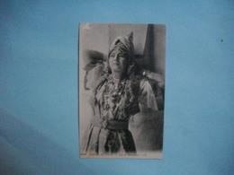 Scènes Et Types  -  ALGERIE - TUNISIE - MAROC -  Type De Mauresque - Cartes Postales