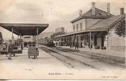 54 SAINT-MIHIEL  La Gare (train Entrant En Gare) - Stations With Trains