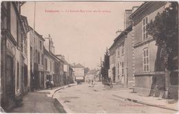 Meurthe  Et  Moselle :  VENDEUVRE : La  Grande  Rue  , Vue  Vers  Le  Centre - Vandoeuvre Les Nancy