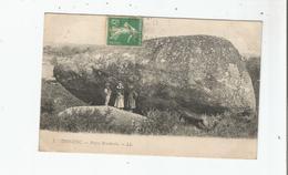TREGUNC (FINISTERE) 7 PIERRE BRANLANTE (ENFANTS POSANT) 1916 - Trégunc
