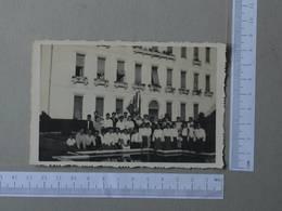 PORTUGAL - GRUPO DE PESSOAS -  COIMBRA -   2 SCANS  - (Nº24593) - Personnes Identifiées