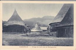 CAMEROUN--village De Chef Près De NKONGSAMBA--voir 2 Scans - Cameroun