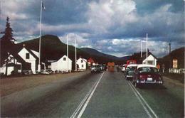 Canada > Quebec > Laurentine Park - Stoneham Barrier, Boulevard Talbot, Car, Used - Quebec