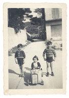 Photo Amateur Enfants, Voiture à Pédale - Personnes Anonymes