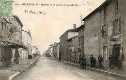 CPA - BELLEVILLE-sur-SAÔNE (69) - Aspect De La Poste Et De L'Hôtel Des Voyageurs Dans Le Quartier De La Gare En 1907 - Belleville Sur Saone