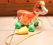 Fisher-Price_09_vache_cow_#132_'70s - Jouets Anciens