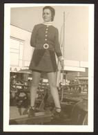 Pretty Woman Mini Dress Girl Leggs Old Photo 9x6 Cm #26108 - Personnes Anonymes