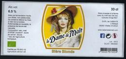 """Etiquette Biere Blonde  La Dame De Malt  6,5% 33cl  Brasserie  Ferme De L'abbaye Vilette Danthon 38 """"femme Chapeau"""" - Beer"""